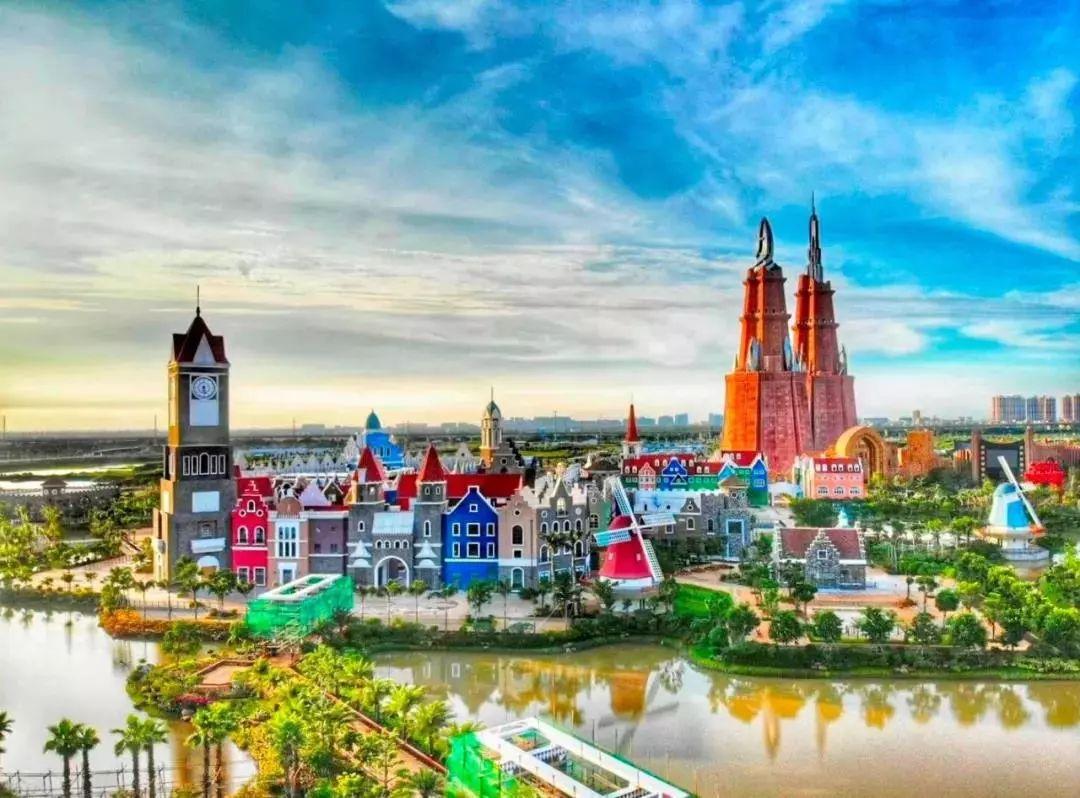 环球100宝龙城实景图