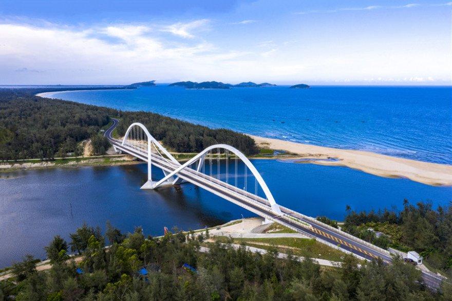 恒大雙海灣太陽河大橋