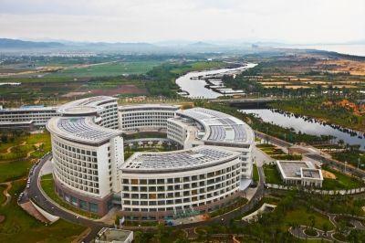 亚龙公馆解放军301医院